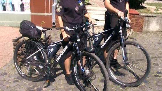 ВелоПатруль поліції вперше з`явився в Мукачево ВІДЕО