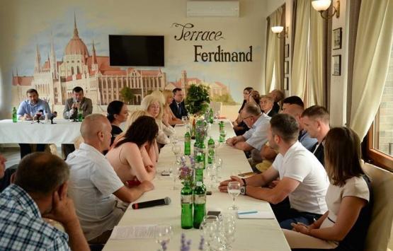 На форумі в Мукачеві обговорювали роль громадських організацій в консолідації суспільства. ФОТО ВІДЕО